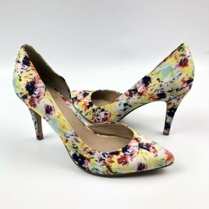 Vince Camuto Pumps Size 9 9M Floral Pointy Toe
